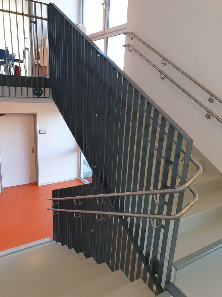 Geländer mit Handlauf der Innentreppe, Zwischenpodest