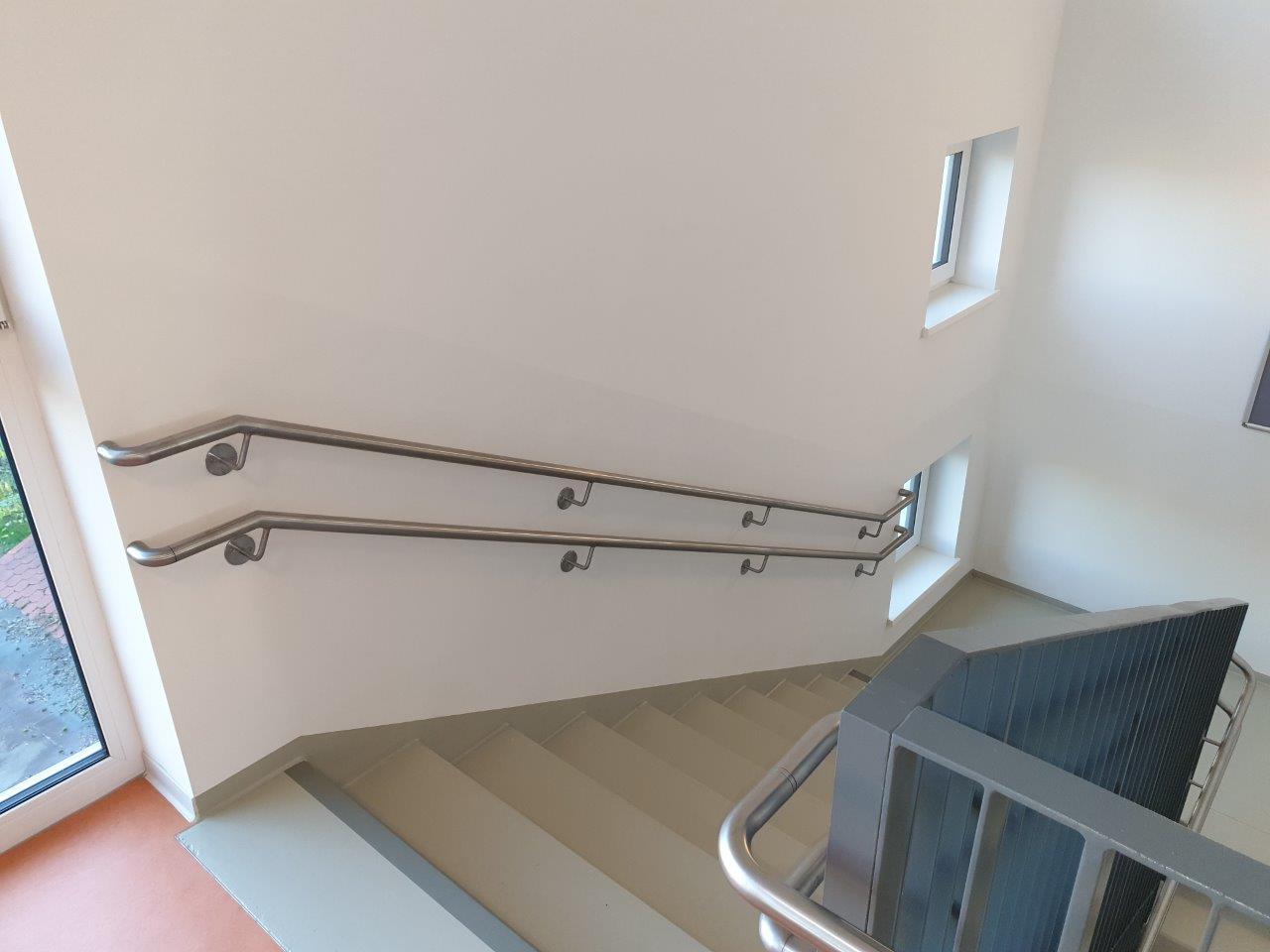 doppelter Wandhandlauf der Innentreppe, 2. OG